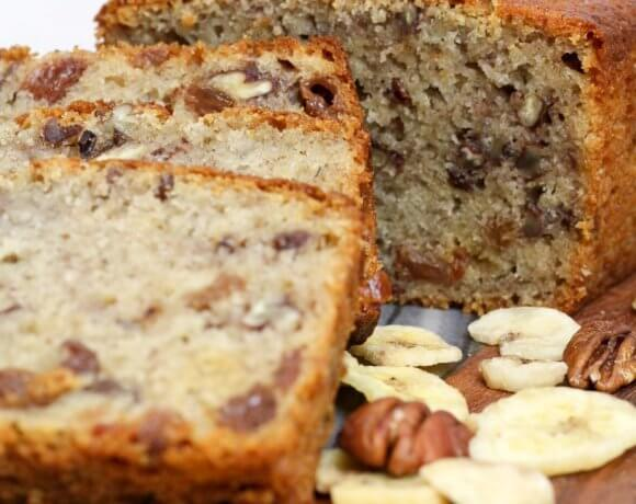 Pecan & Chocolate Chip Banana Bread